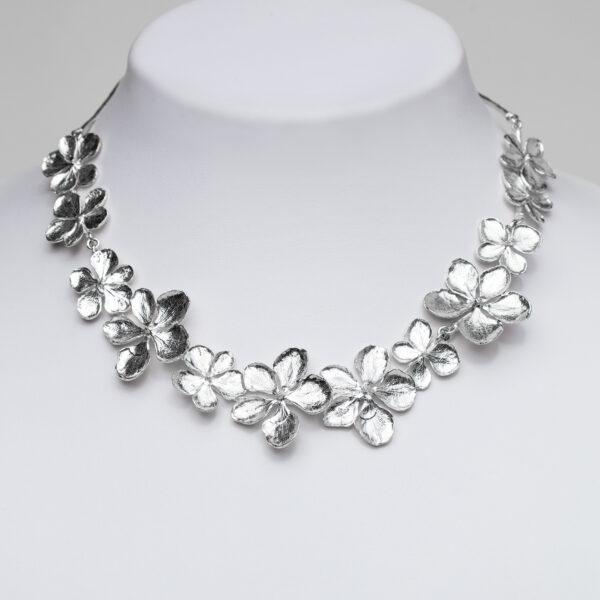 Hydrangea-necklace-flower-Jane-orton