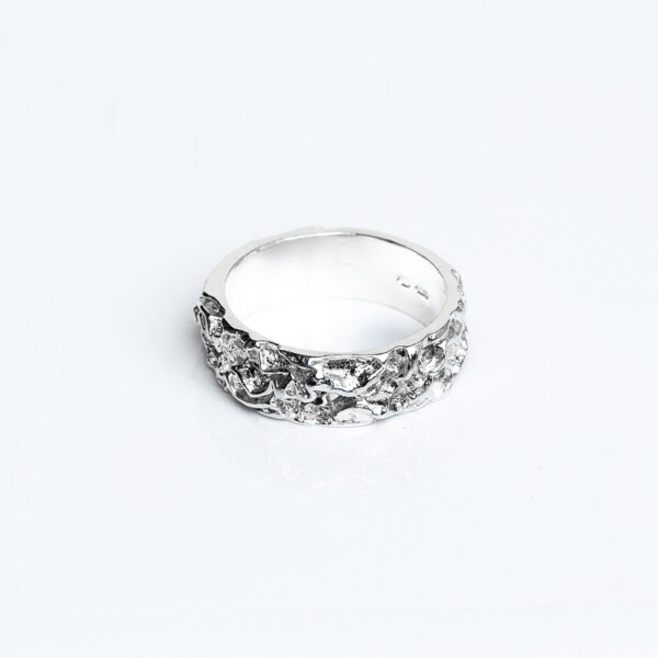 Chunky silver quince textured ring