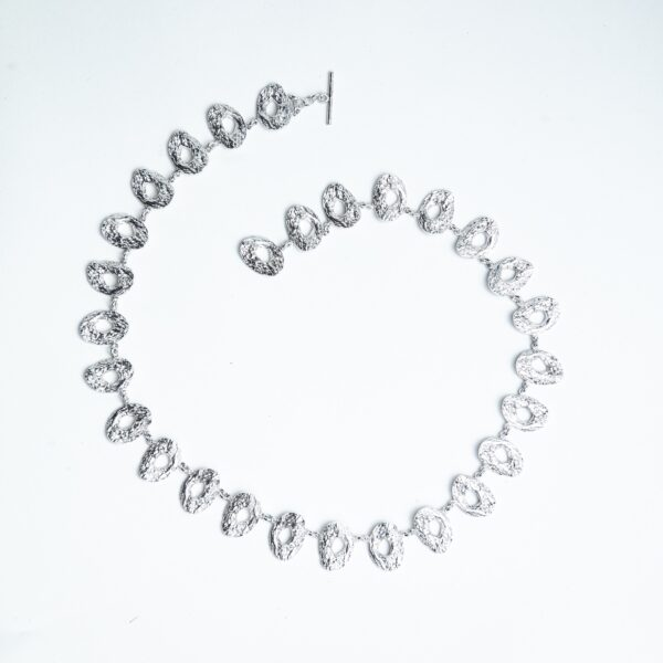 Silver chain chunky textured with cholla wood pattern